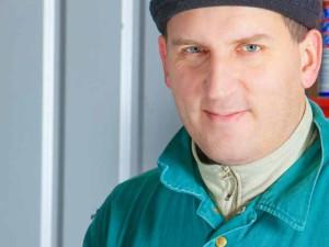 Алексей, заказавший гараж из сэндвич-панелей