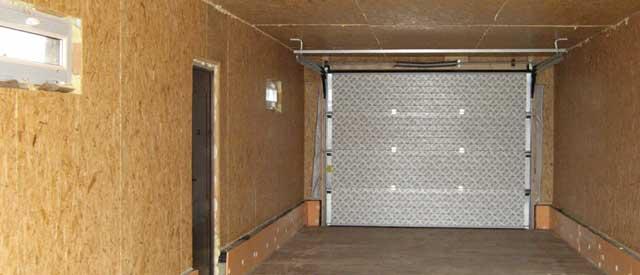 Отделка стен в гараже - обшивка панелями