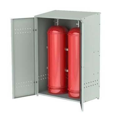 Отопление гаража газом из баллонов в специальном шкафу