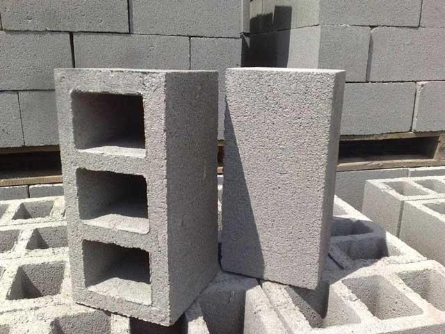 Из чего лучше построить гараж - кирпич, камень, блоки