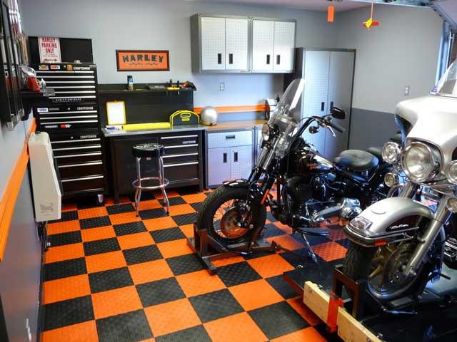 Гараж для мотоцикла или квадроцикла - капитальный гараж можно сделать очень уютным
