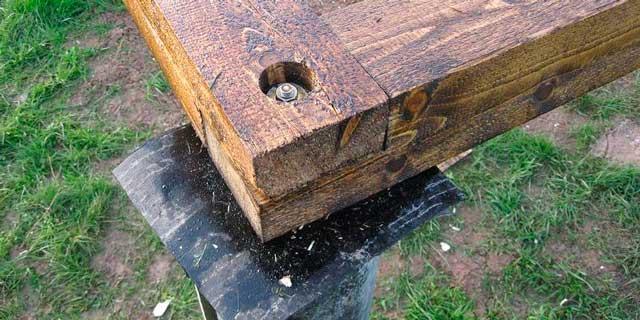 Построить деревянный гараж своими руками можно и на свайном фундаменте