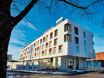 Строительство из сэндвич панелей в северных странах - клиника в Швеции