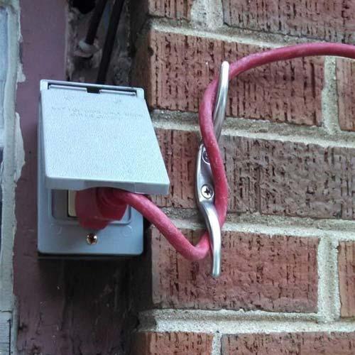 Идеи обустройства в гараже - провода