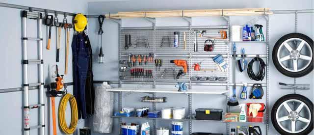 Рациональное обустройство гаража внутри может сэкономить место и помочь в поддержании порядка