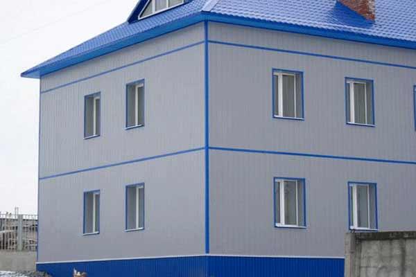 Жилое здание из сэнвич-панелей