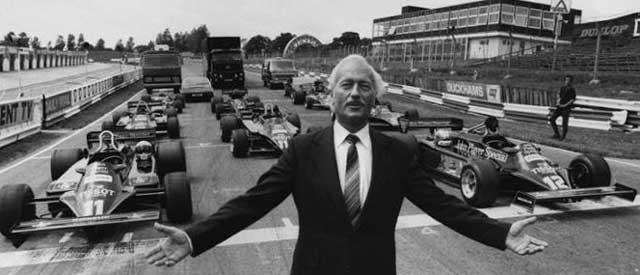 Новые возможности, как причина построить гараж - Энтони Колин Брюс Чэпмен собирал первые автомобили в гараже родителей