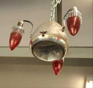 Этот светильник не просто поможет обустроить гараж внутри, а станет его украшением
