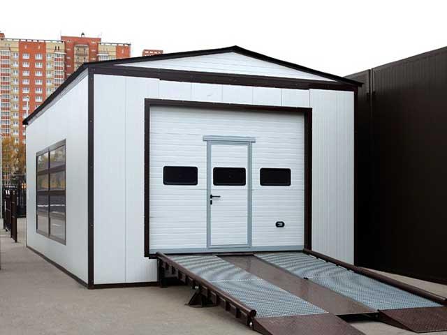 Современная мобильная мойка представляет собой специально оборудованный каркасный гараж из сэндвич-панедей