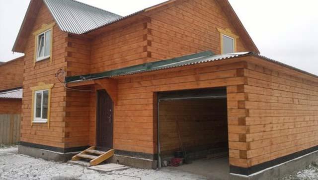 Проекты домов из бруса с гаражом разрабатываются с упором на комфорт и красоту