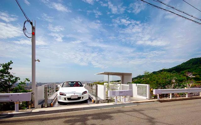 Не очень бюджетное строительство гаража на 3 автомобиля в Японии