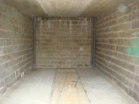 построить гараж из шлакоблока