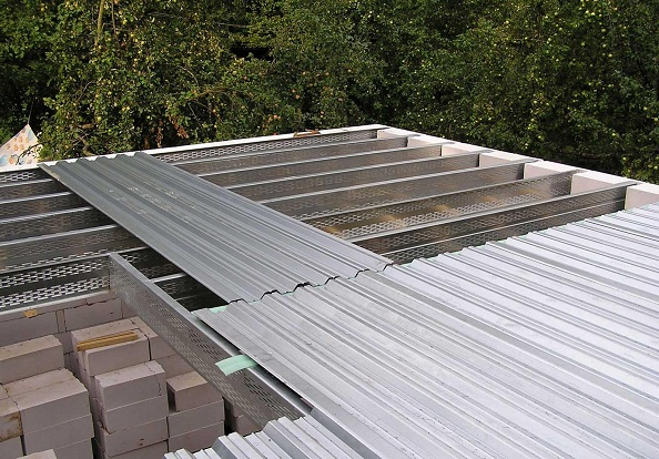 профнастил для покрытия крыши гаража